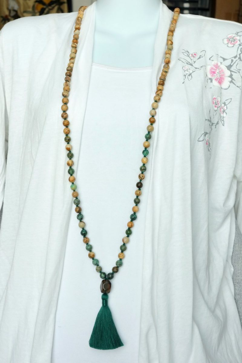 gaia mala worn